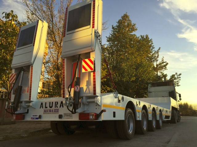 4 axles low loader